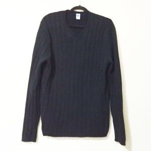 Gap Cable Knit V-Neck Sweater
